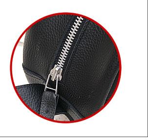 革バッグDrumBag30のジッパーの写真