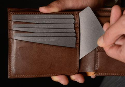 二つ折り財布《カードポケット1